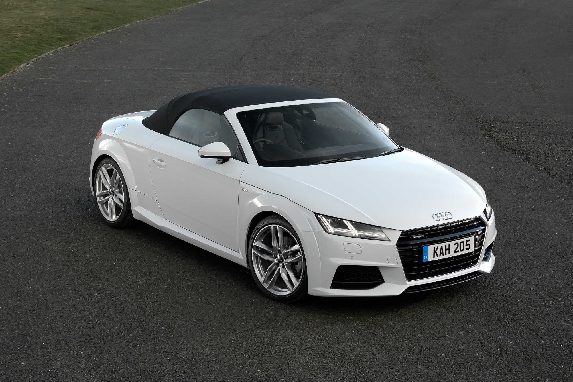 Audi Tt Roadster 2 0 Tdi Ultra Sport Launch Report Car Keys