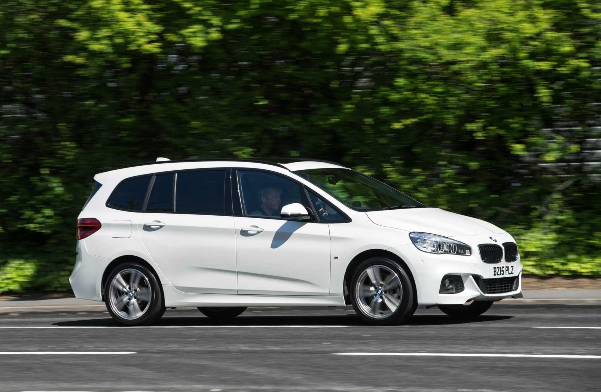 bmw 2 series gran tourer mpv review car keys. Black Bedroom Furniture Sets. Home Design Ideas
