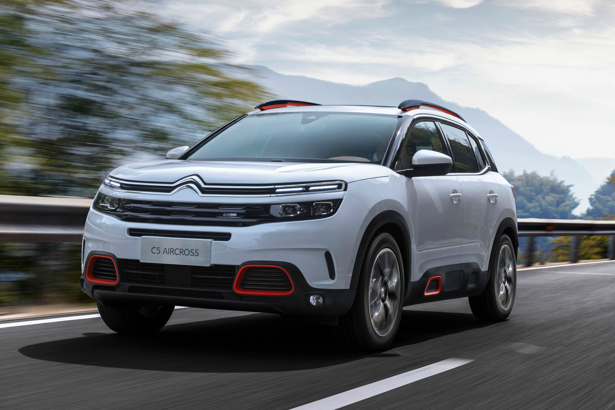 citroen c5 aircross suv unveiled with hybrid tech car keys. Black Bedroom Furniture Sets. Home Design Ideas