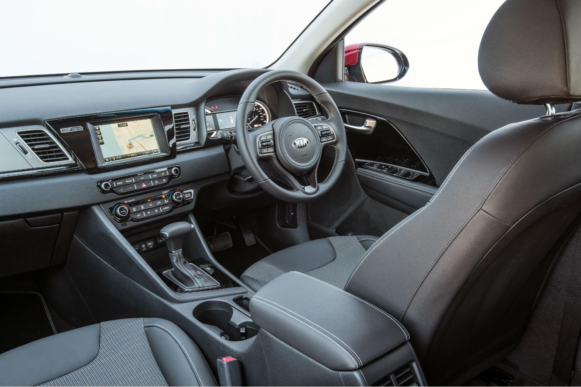 Kia niro 1 6 litre gdi 2 crossover review car keys for Interior kia niro