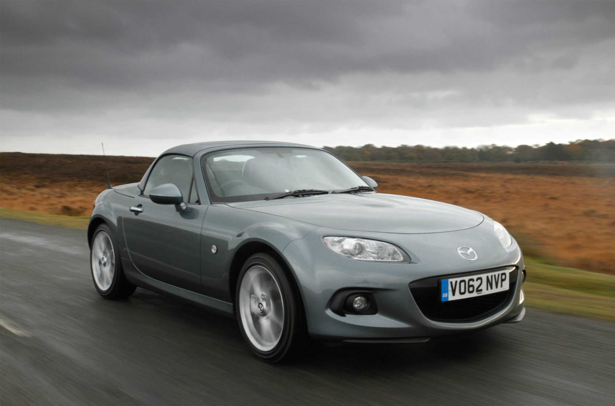 Mazda Mx 5 Roadster Coupe Review Car Keys