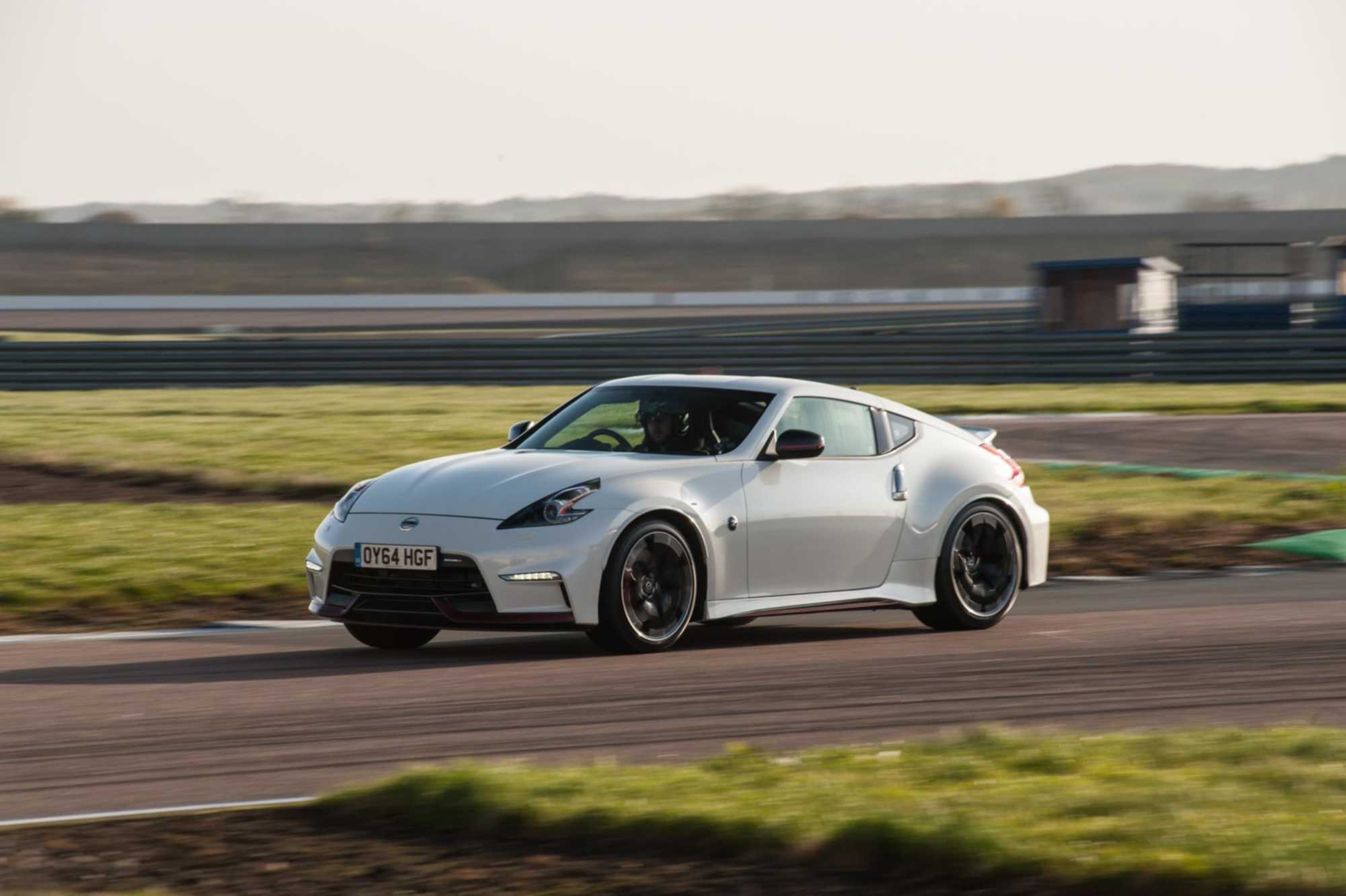 Nissan 370Z Coupe review - Car Keys