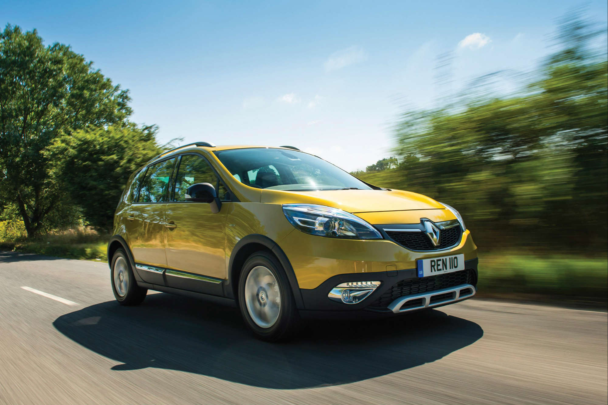 renault scenic xmod mpv review car keys. Black Bedroom Furniture Sets. Home Design Ideas