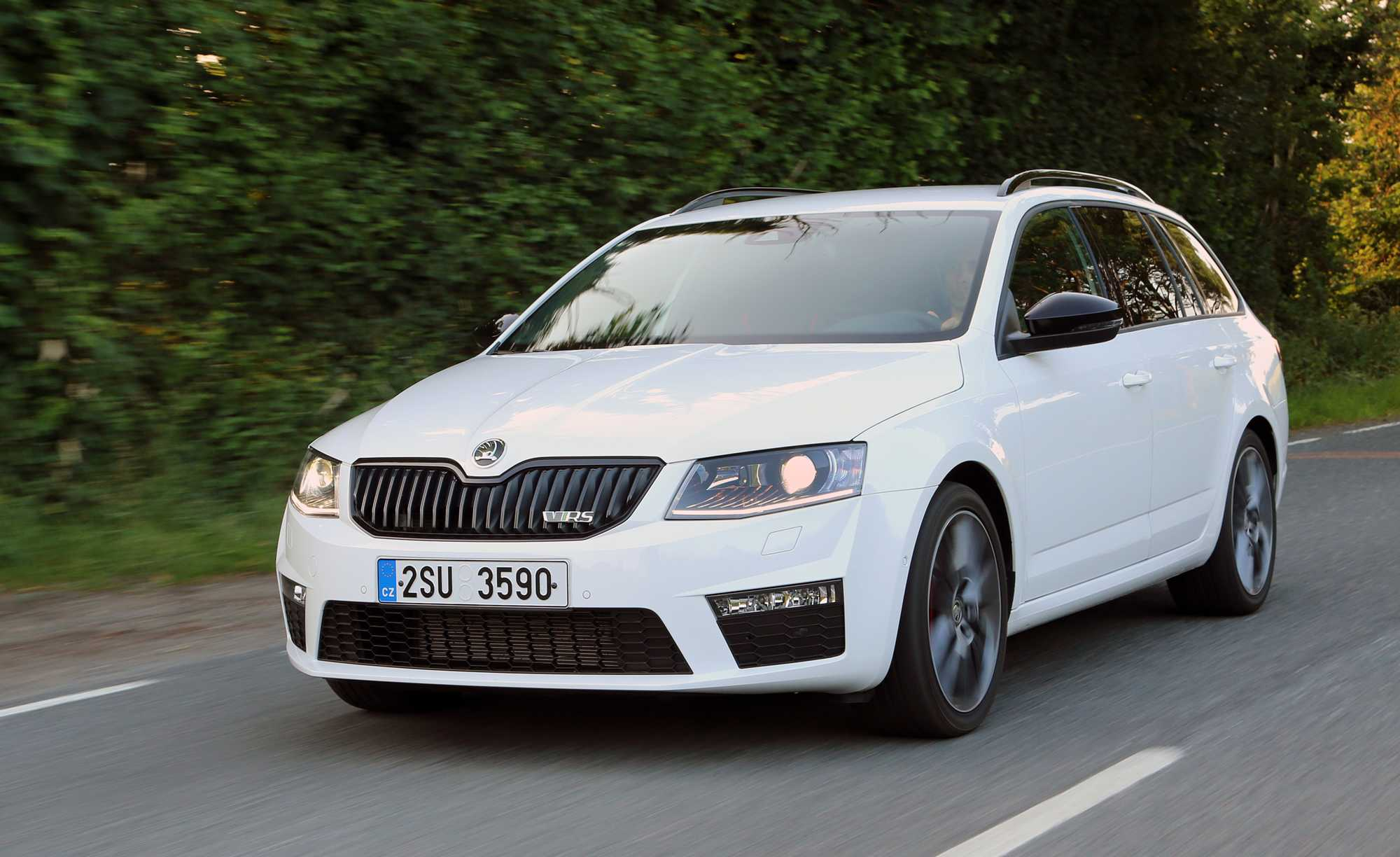 skoda octavia vrs estate review car keys. Black Bedroom Furniture Sets. Home Design Ideas
