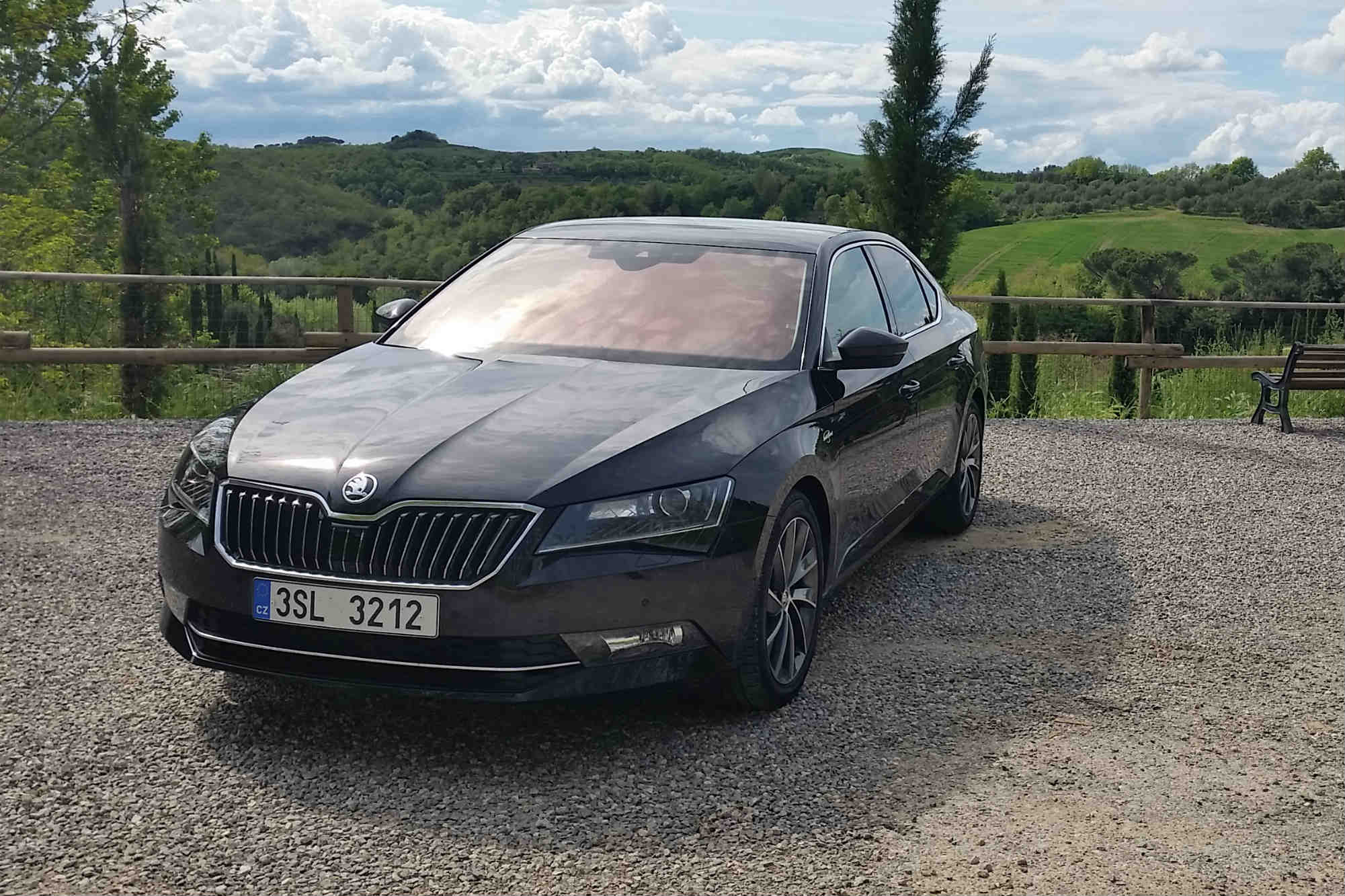 skoda superb 2 0 litre tdi laurin klement launch report car keys. Black Bedroom Furniture Sets. Home Design Ideas
