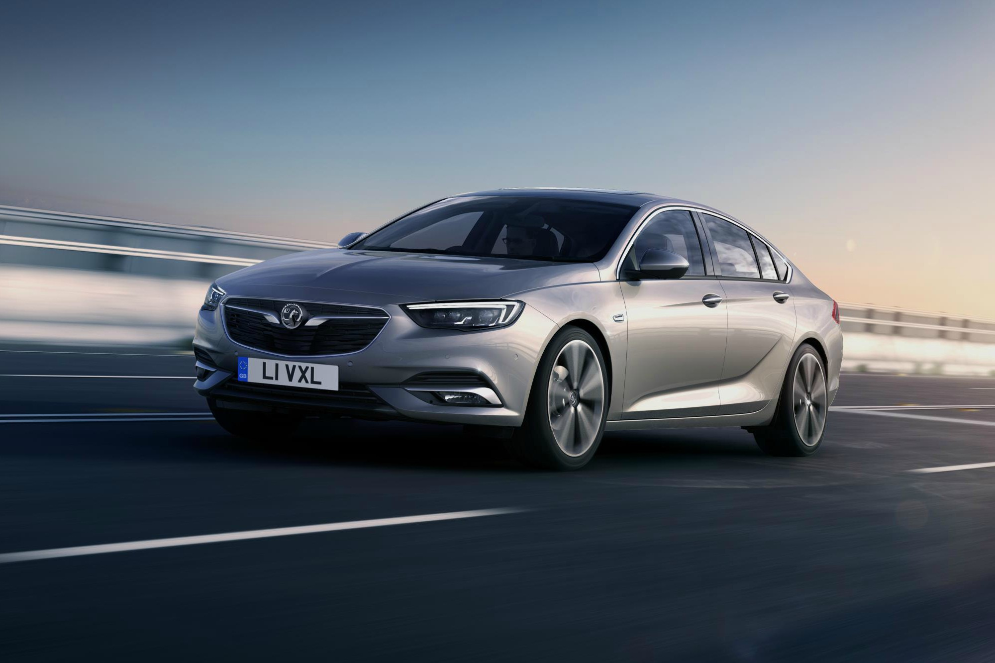 2017 vauxhall insignia adds all wheel drive and torque vectoring car keys. Black Bedroom Furniture Sets. Home Design Ideas