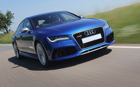 RS7-pricing-page-lifestyle-images
