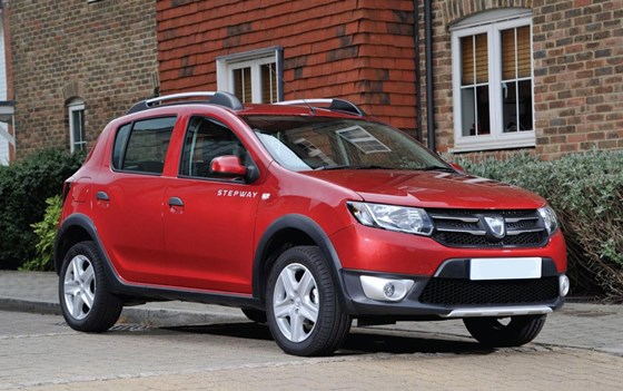 Sandero Stepway-pricing-page-lifestyle-images