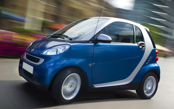 Fortwo Cabrio-pricing-page-lifestyle-images