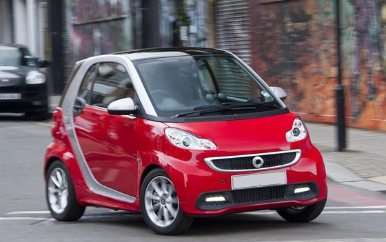 Fortwo Coupe-pricing-page-lifestyle-images