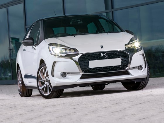 DS 3-pricing-page-lifestyle-images